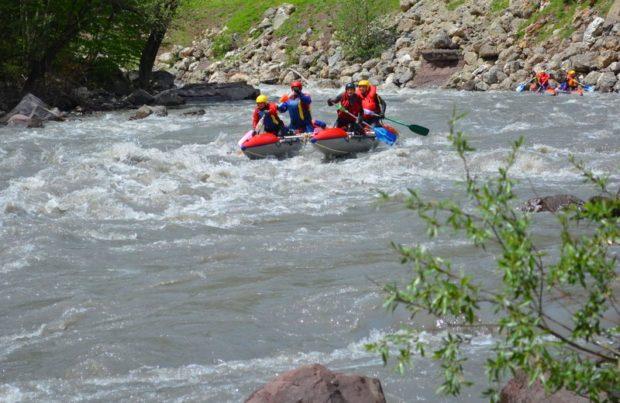 Водный туризм: какой выбрать катамаран