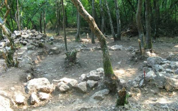 Глухие камни, Болгария
