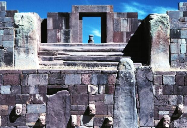 Древний город Америки: Тиауанако