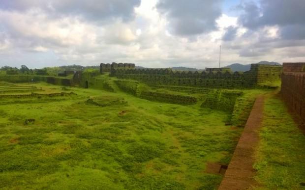 Древние города Индии Зеленый форт Мирджан