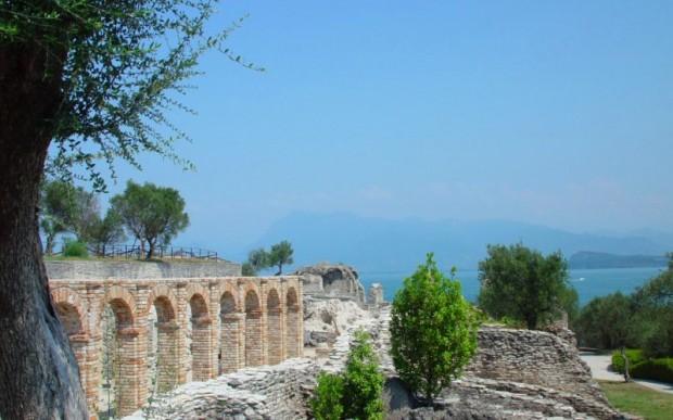 Древние города Италии: Гроты Катулло