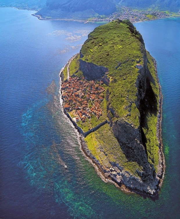 Древние города. Монемвасия