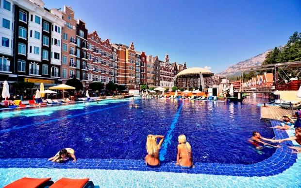 Комфортабельные молодежные отели Кемера для лучшего отдыха