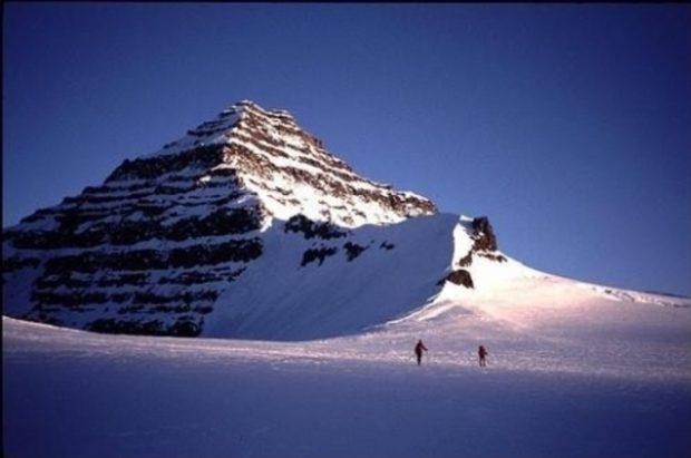 Куда поехать отдыхать? В Рипейские горы к пирамидам, конечно...