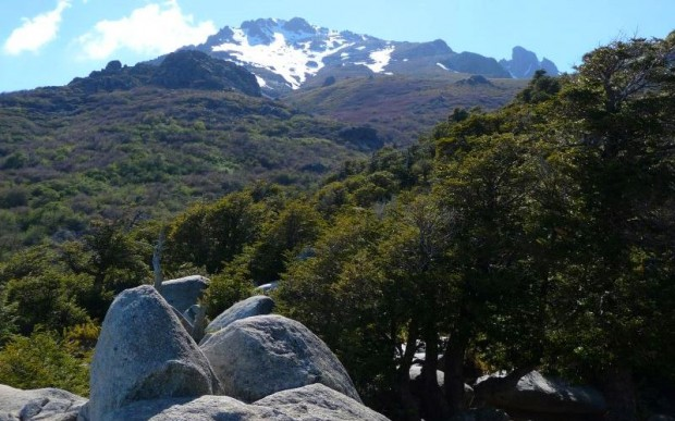 Мегалитический пол на плато Эль-Энладрилладо (El-Enladrillado)