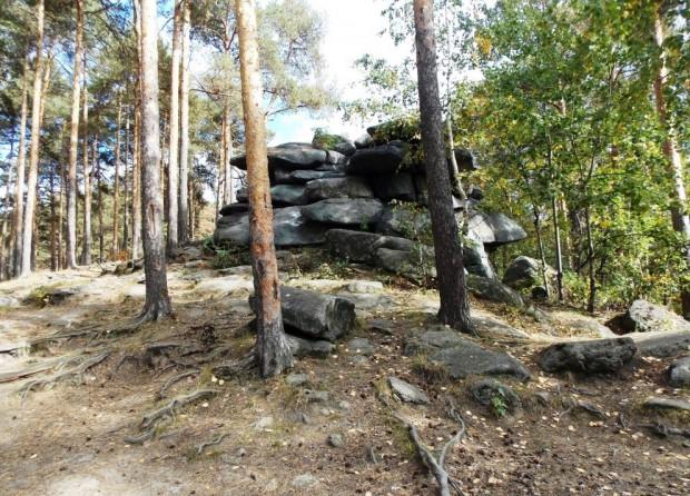 Мегалиты Екатеринбурга – Каменные палатки озера Шарташ 2
