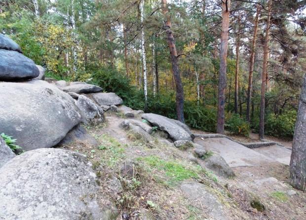 Мегалиты Екатеринбурга – Каменные палатки озера Шарташ 9