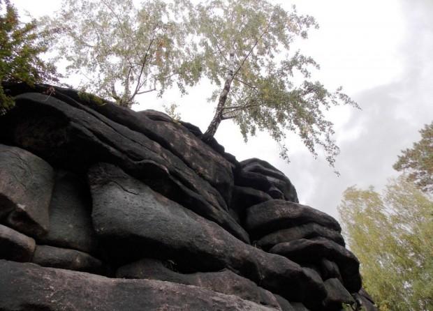 Мегалиты Екатеринбурга – Каменные палатки озера Шарташ 97