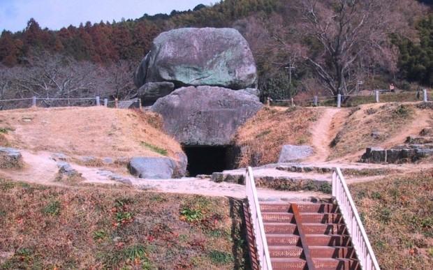 Мегалиты Японии