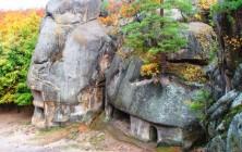 Мегалиты или скалы Довбуша, Украина