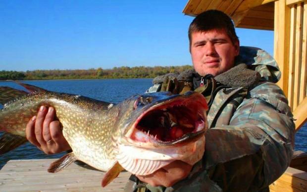 Отдых в России рыбалка на Волге, Астрахань