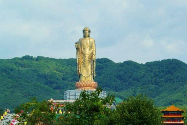 Памятники Азии