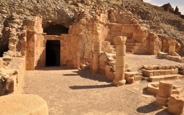 Пещера Лота
