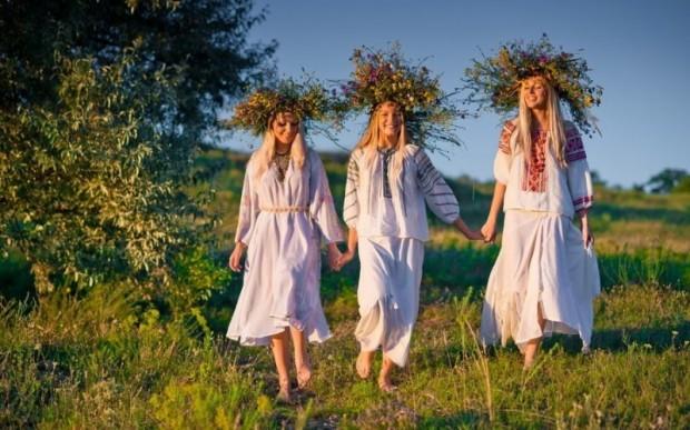 Русь. Красное на белом: вышиванка славян (35 фото)