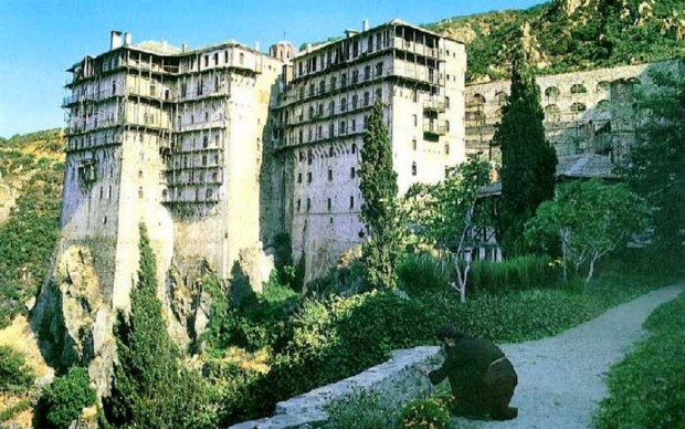 Статьи про Европу: гора Афон, как центр православного монашества