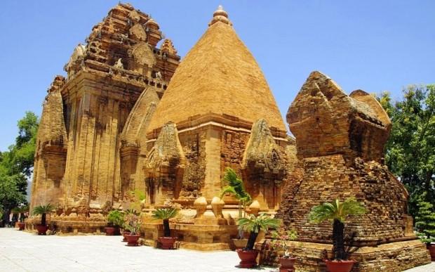 Храм богини По Нагар, Нячанг, Вьетнам