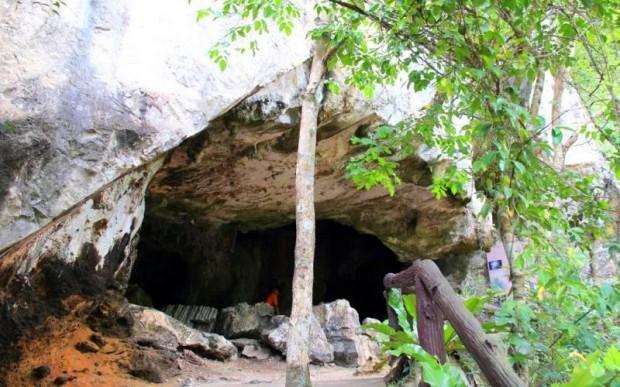 Достопримечательности пещеры Большеголового призрака