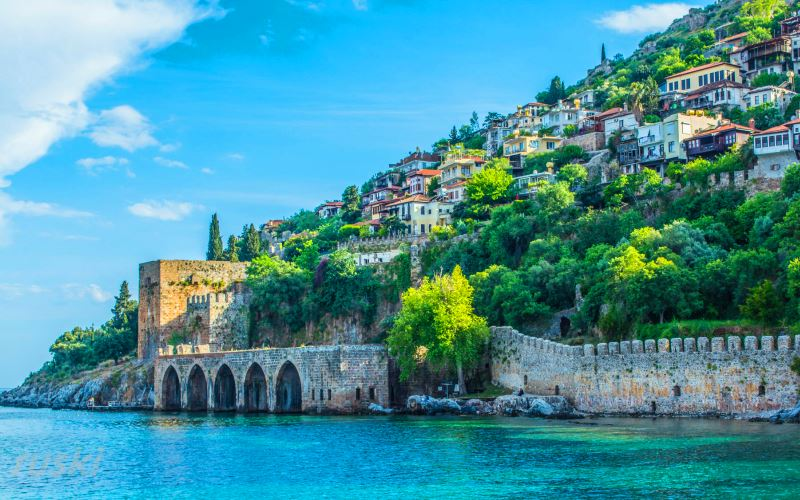 Древний город Сиедра и другие интересные места для отдыха в Аланьи