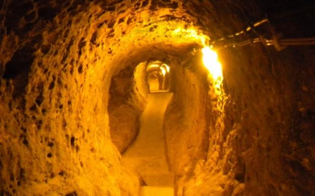 Древний подземный город Деринкую