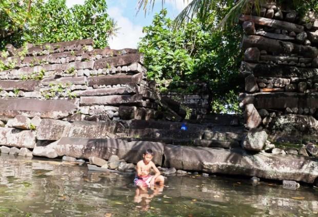 Интересные места Азии древний город Нан-Мадол 10