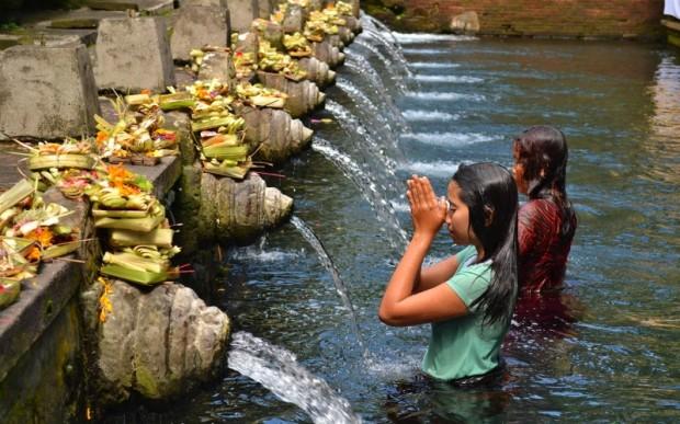 Интересные места Бали Храм Тирта Эмпул