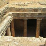 Интересные места Кипра: гробницы королей в Пафосе (7 фото)