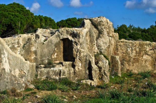 Интересные места Кипра: гробницы королей в Пафосе