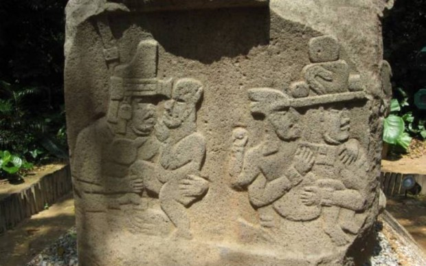 Каменные головы Ольмеков (14 фото)