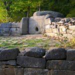 Кто построил кавказские дольмены