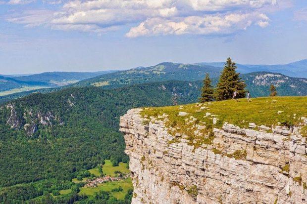 Необычные места Европы: Скалистая арена в Швейцарии Кре-дю-Ван