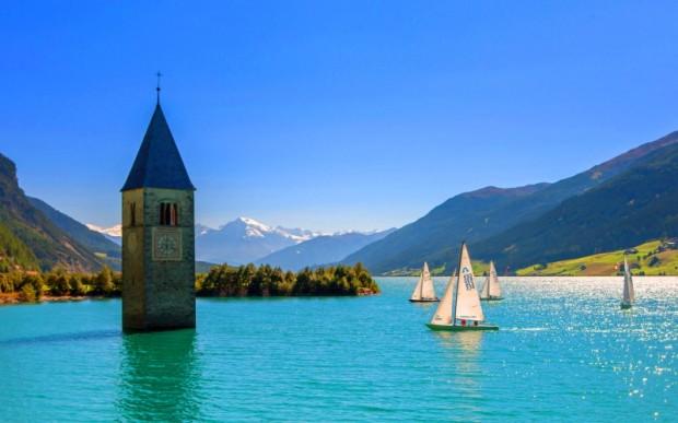 Озеро с подводной колокольней – Резия