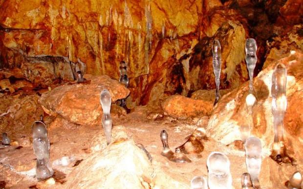 Пещера Черного дьявола Кашкулак в ХакасииНачать путешествие с Begin-Journey