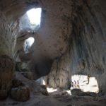 Посмотреть в Глаза Бога – пещера Проходна в Болгарии (12 фото)
