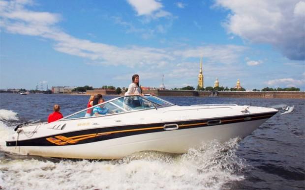 Прогулка по каналам Санкт-Петербурга