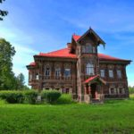 Путешествие в заброшенную красоту: терем Поляшова