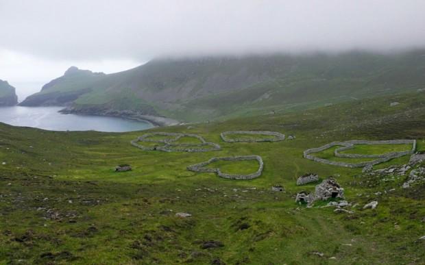 Путешествие по Шотландии: заброшенное селение на острове Хирте