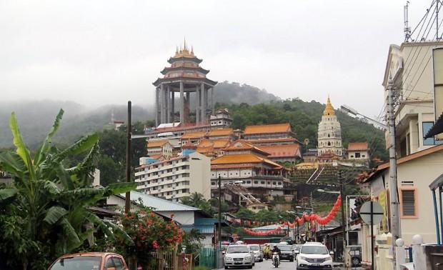 Храм Кек Лок Си