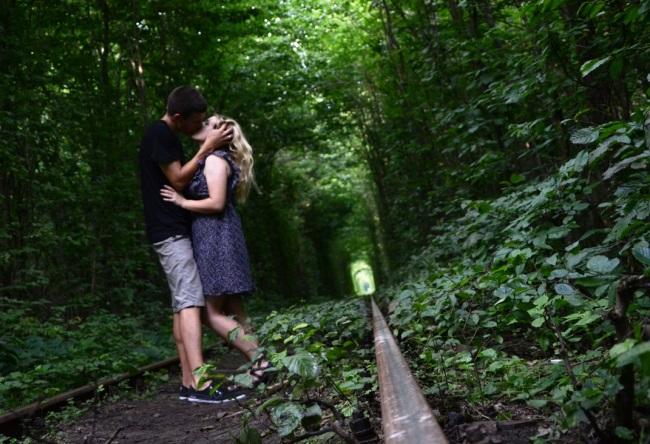 Тоннель любви или интересные места Западной Украины