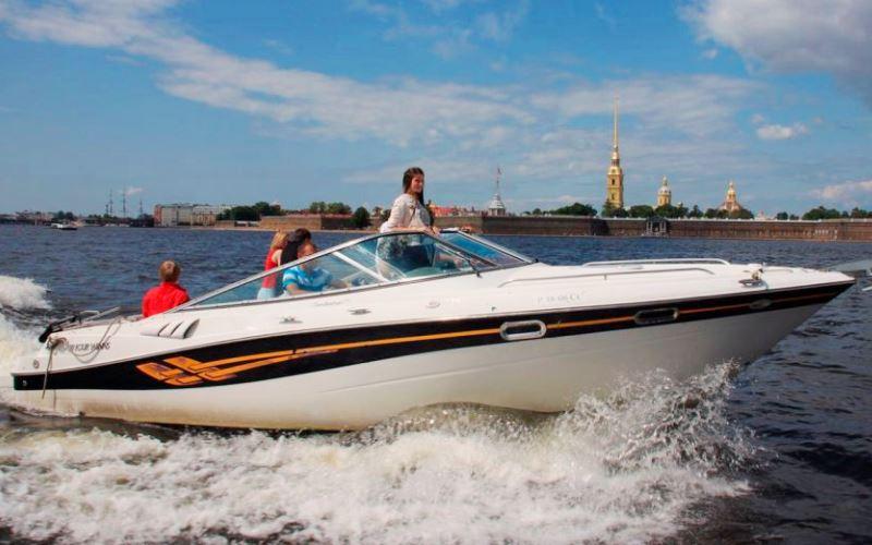 Водные прогулки, экскурсии и отдых на катере, яхте или теплоходе