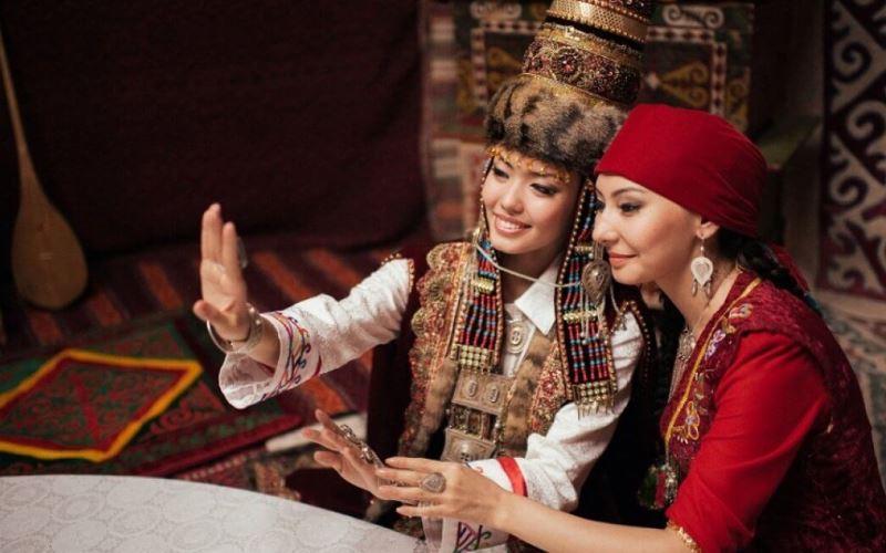 Как путешествовать студенту в Казахстане